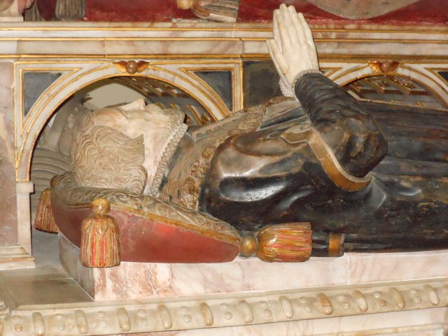 Thomas Wriothesley on the Wriothesley monument
